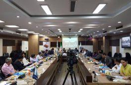 مجمع عمومی سندیکای تولیدکنندگان لوله و پروفیل فولادی با حضور اعضای هیات مدیره پس از انتخاب یک رییس، دو ناظر و یک منشی جلسه برگزار شد